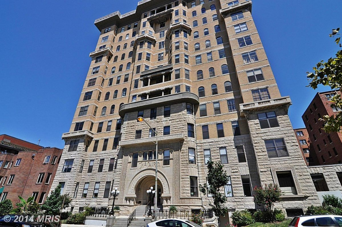 The Cairo Apartment Building, Located At 1615 Q Street NW In Washington,  D.C.,