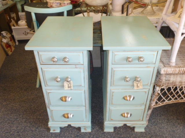 Best Pair Of Night Stands Made From Taking Apart A Big Desk 400 x 300