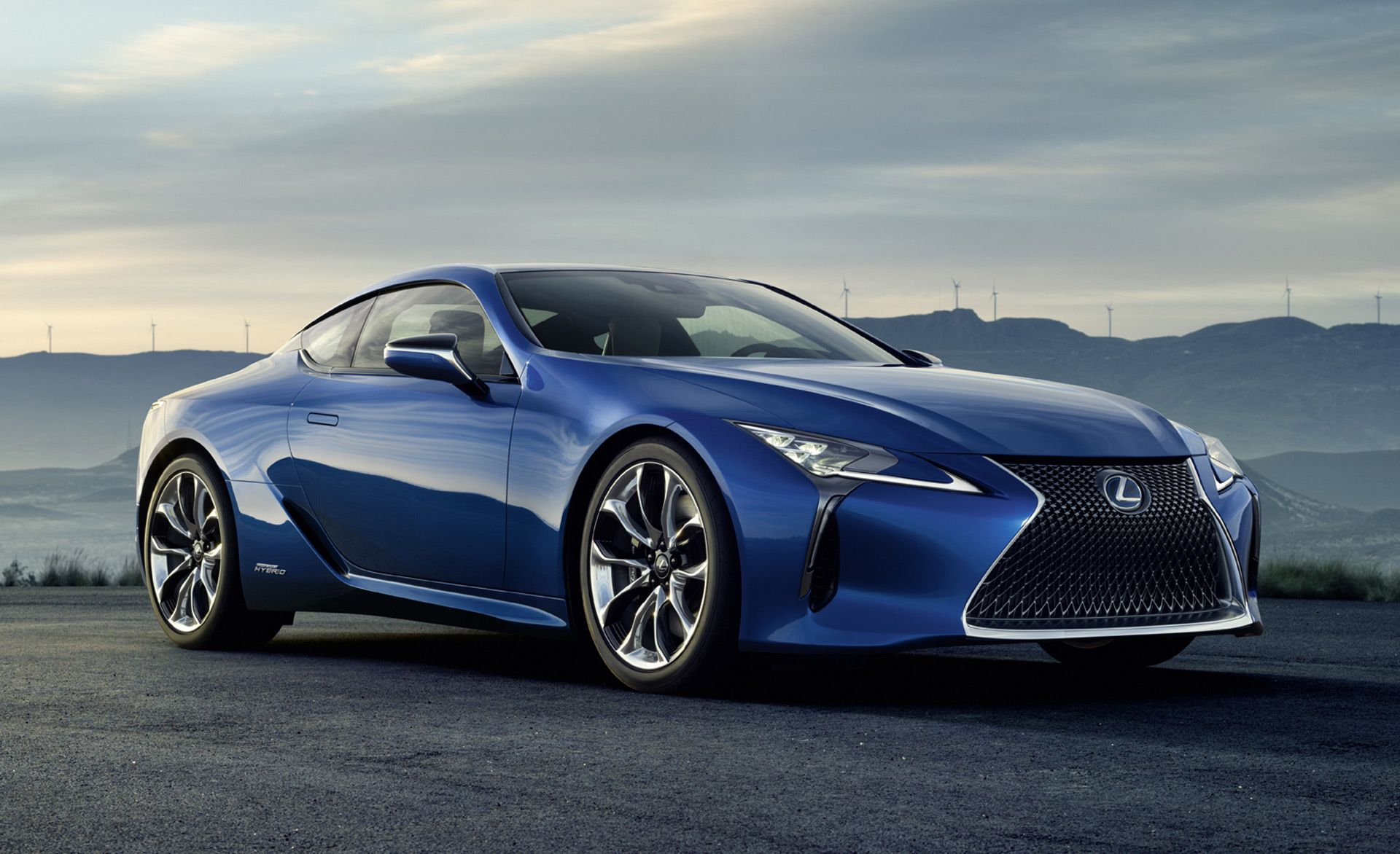 2018 Lexus Lc 500h Debuts At 2016 Geneva Motor Show Live Photos And Video The Car Connection Lexus Lc Luxury Hybrid Cars Lexus Coupe