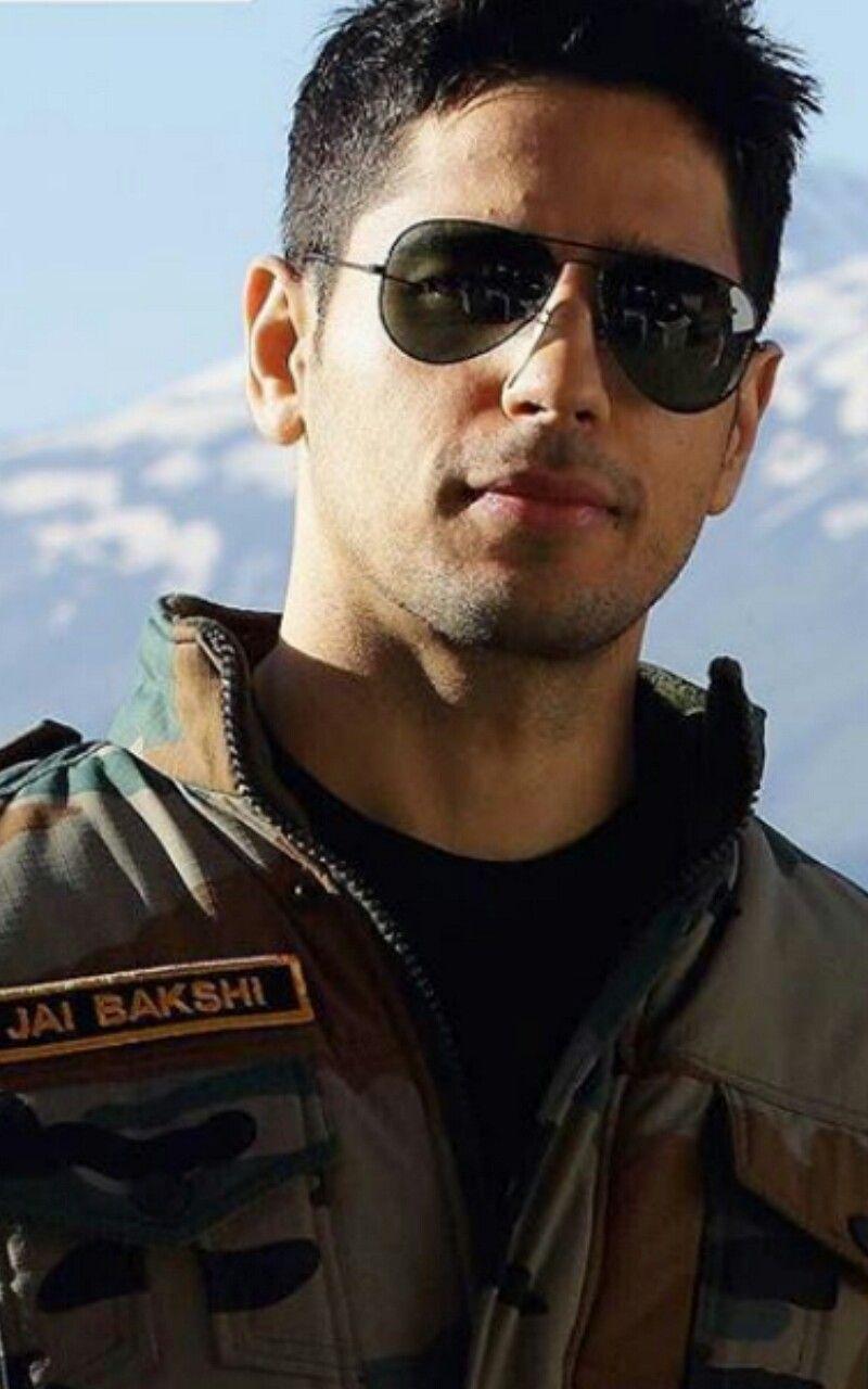 Sidharth 16 12 17 Bollywood Actors Ek Villain Pretty Boy Swag