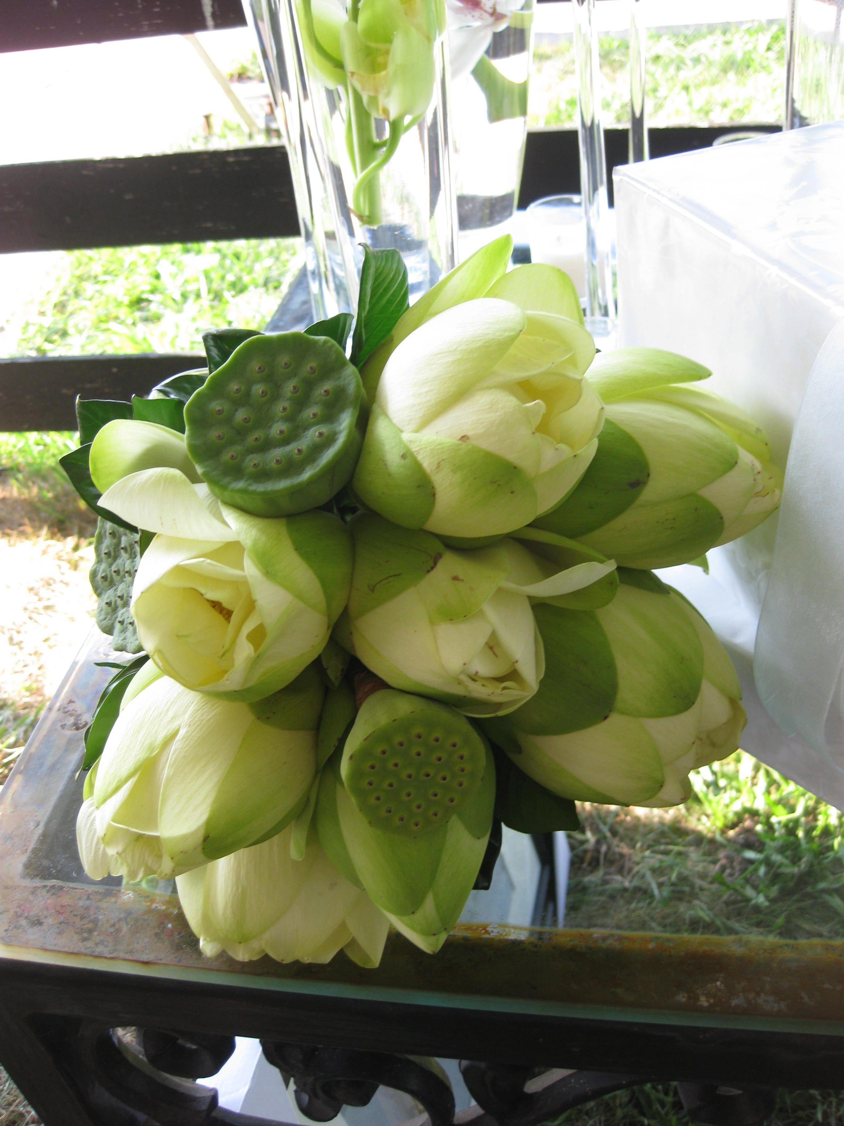 Lotus flower wedding wedding ideas pinterest wedding flowers lotus flower wedding modern flower arrangements wedding arrangements diy bouquet flower bouquet wedding izmirmasajfo
