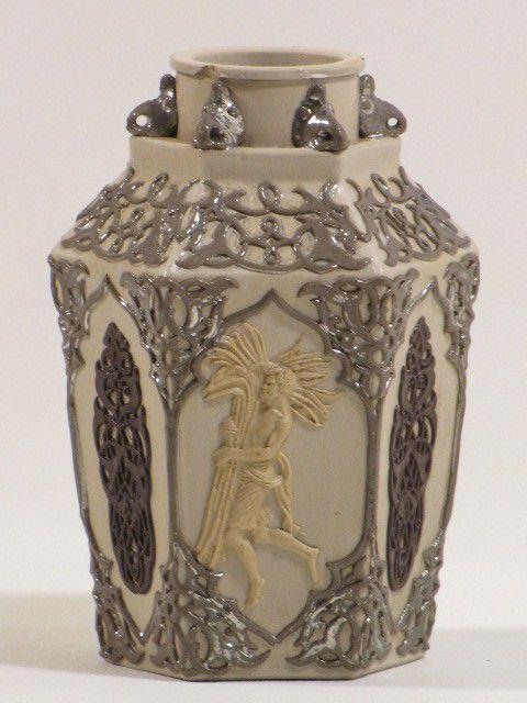 Villeroy & Boch Mettlach - sehr alte, hexagonale Vase  - 1842 - 1860