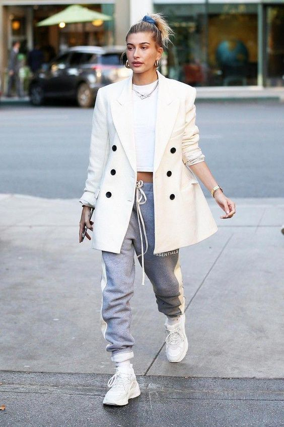 19 Of The Best Hailey Bieber Outfits — WOAHSTYLE