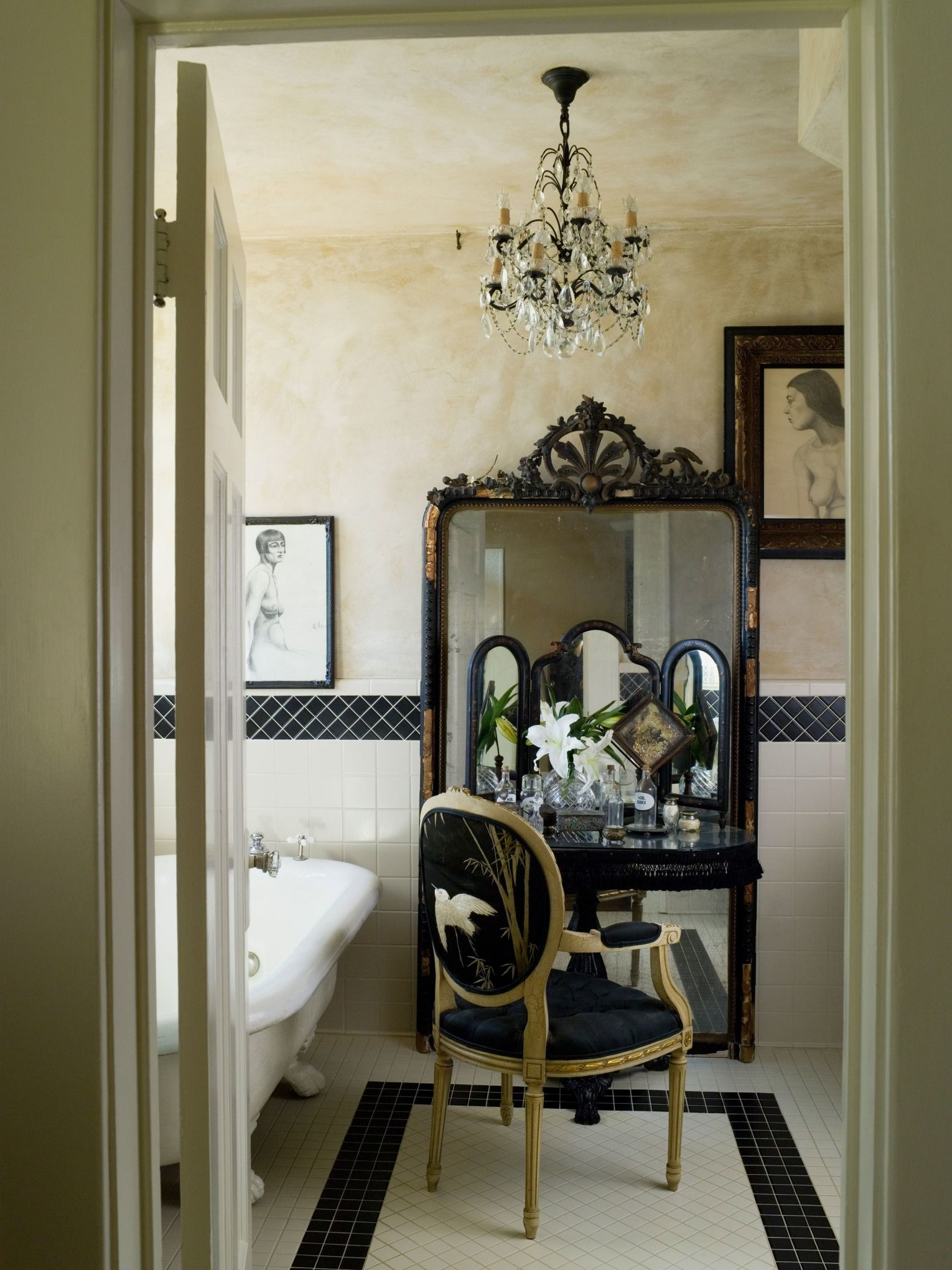 How To Create A Romantic Home The French Way French Country Bathroom French Country Decorating Top Bathroom Design