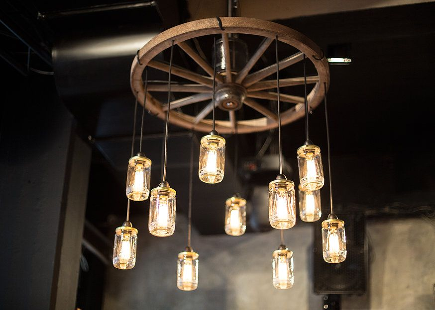Kopfplastiken Wagenrad Dekorieren Wagon Wheel Chandelier With
