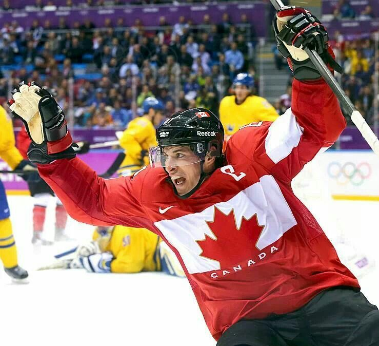 Sydney Crosby Scores To Make It 2 0 Canada In The Gold Medal Game Sochi Olympic Hockey Olympics