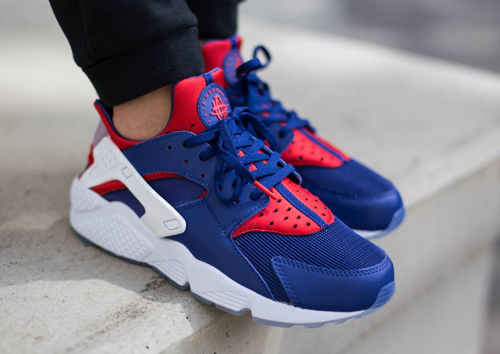 An On-Feet Look at the Nike Huarache 'City Pack'. London is