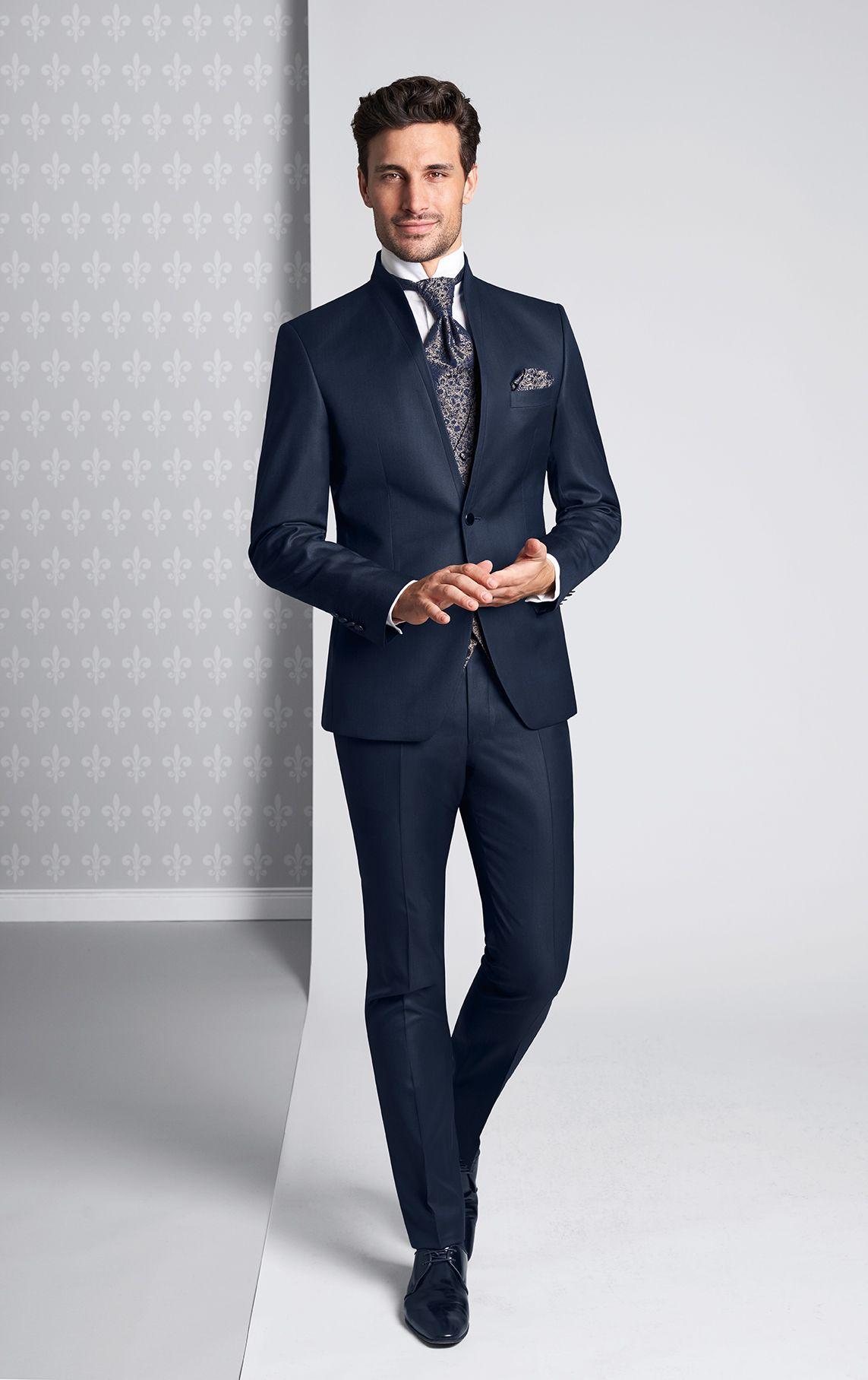 Die Neuen Royalen Tziacco Hochzeitsanzug Trends Sind Ab Dem 15 04 2019 Im Fachhandel Erhaltlich Tzi Hochzeitsanzug Anzug Hochzeit Hochzeitsanzug Brautigam