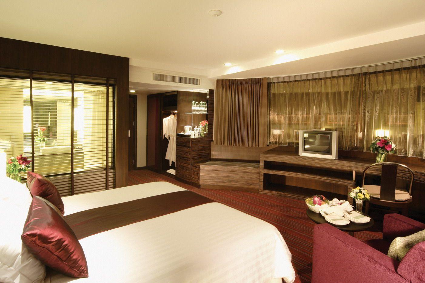 The basics of a good hotel room design - Interior Design Explained | Hotel  room design, Modern hotel room, Luxury hotels interior