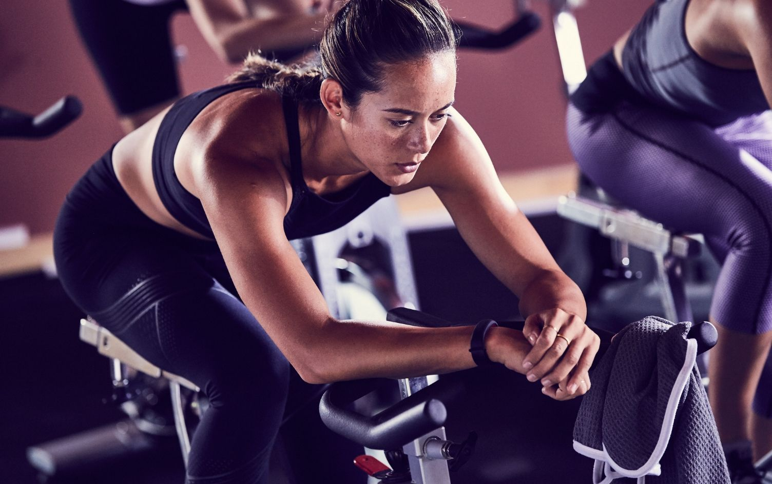 4 Signs Youre Pedaling Too Fast In Spin Class Cycling Spinning
