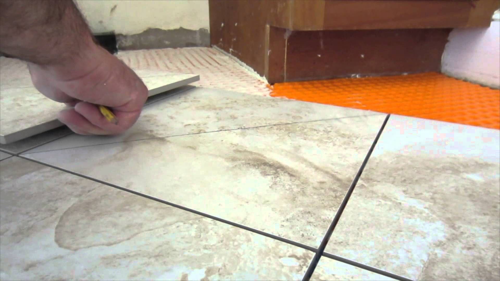 Quick tipeasy way to measure and mark ceramic tile for diagonal tile quick tipeasy way to measure and mark ceramic tile for diagonal and diamond pattern cuts dailygadgetfo Images