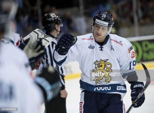 02-14 Finland's Veli-Matti Savinainen gestures after... #velijezenj: 02-14 Finland's Veli-Matti Savinainen gestures after… #velijezenj