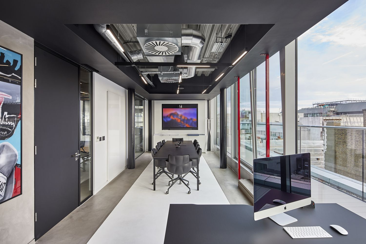 Gallery of Sports Direct's New London Offices / PENSON 7