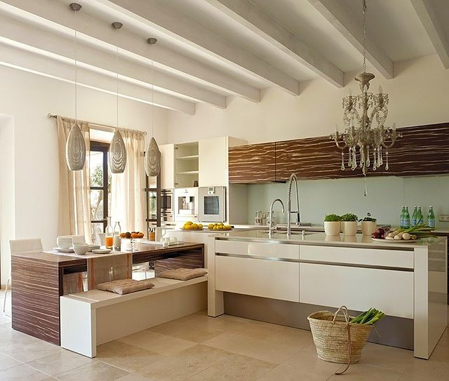 Modern Mediterranean Kitchen