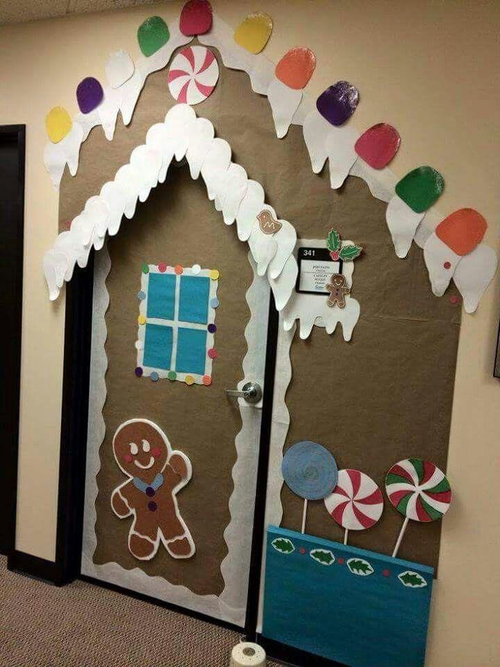 gingerbread house doorway school pinterest cr che d coration de classe et activit no l. Black Bedroom Furniture Sets. Home Design Ideas