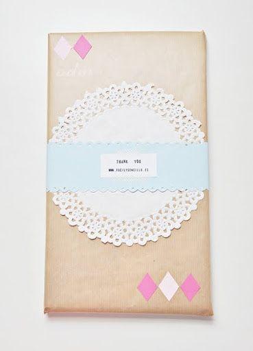 Fácil y Sencillo: Doily Packaging / Envoltorios con Blondas