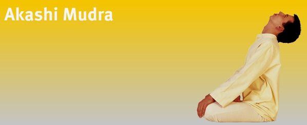"Akashi Mudra (""Looking to the Sky"") - Bandhas"