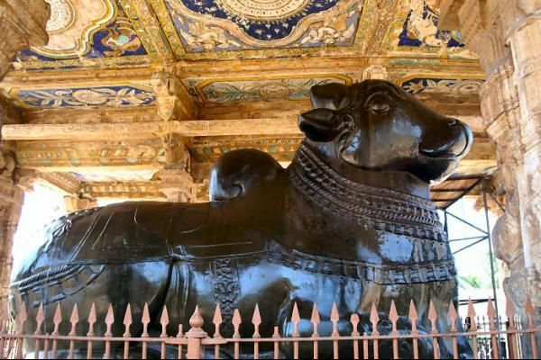 Search & book online Thanjavur tour packages at Tour Das. best places to visit Brihadeeswarar Temple, Shalimar Bagh, Archaeological Museum, Brihadeeswarar Temple, Royal Palace Museum, Tanjore Royal Palace, Sangeetha Mahal, Manora Fort, Grand Anicut, Art Gallery & many more.