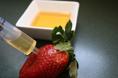What's Cooking in your World?: Day 105.5 - Amaretto Infused Chocolate Covered Strawberries