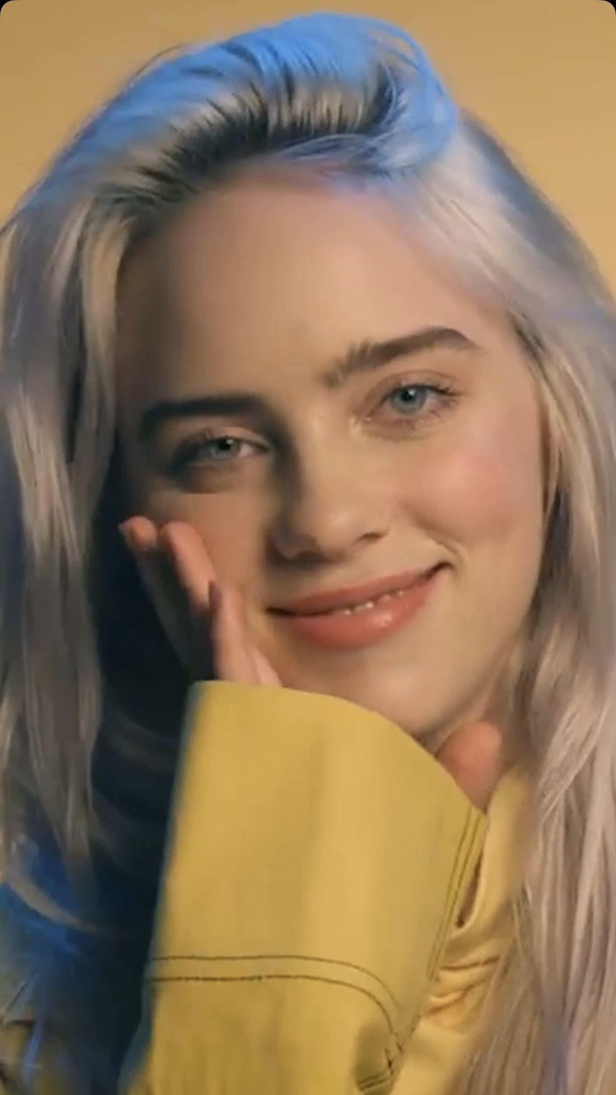 Pictures Of Billie Eilish Smiling Inspirational Pin By H Lec2a5 On My Gf Billie Billie Eilish Singer
