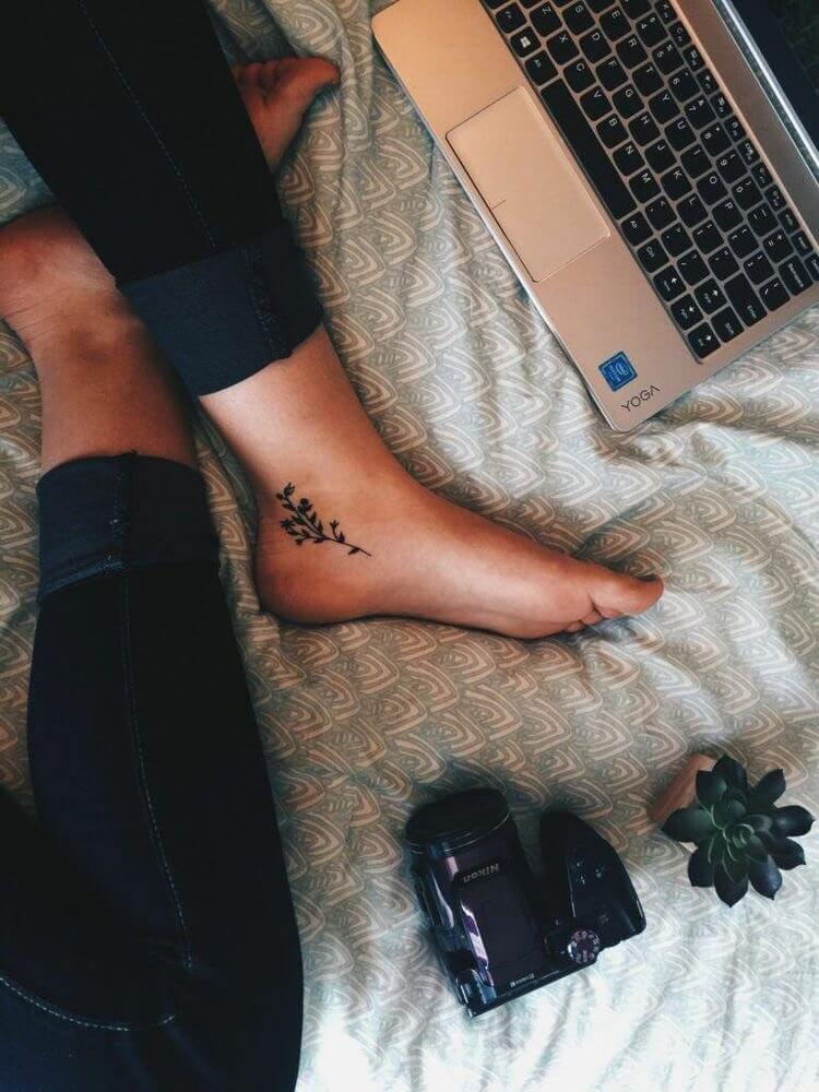Simple 30 Ankle Small Tattoos Design Ideas For Women Inner Ankle Tattoos Inside Ankle Tattoos Ankle Tattoos For Women
