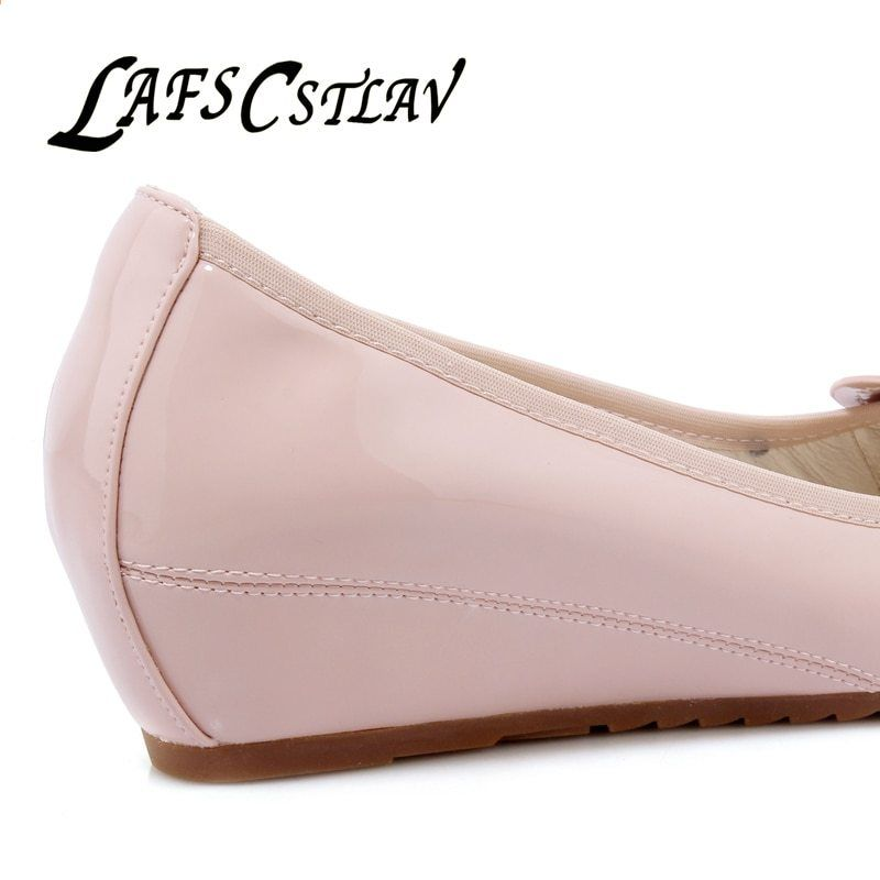 ff320236b2e LAFS CSTLAV Sweet Loafer Wedge Heel Women Bekväm Casual Basic Ballett Skor  Med Heel Spring Twisted