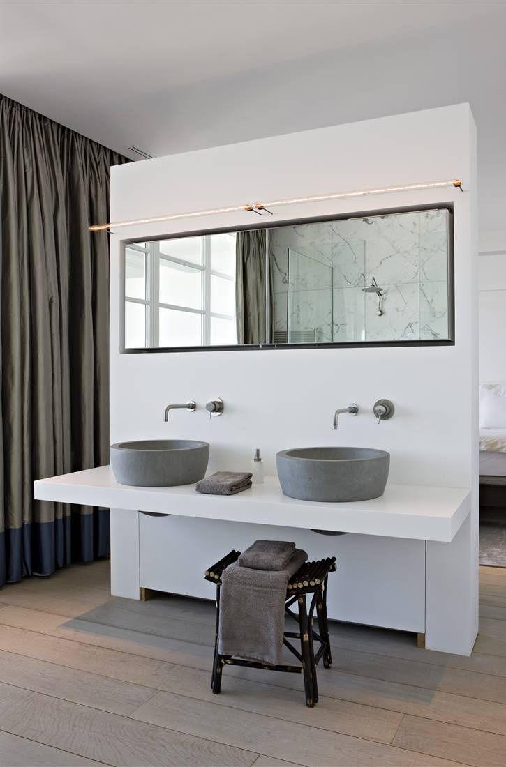 Dubbele waskommen in de slaapkamer badkamer badkamer in slaapkamer pinterest powder room for Slaapkamer deco