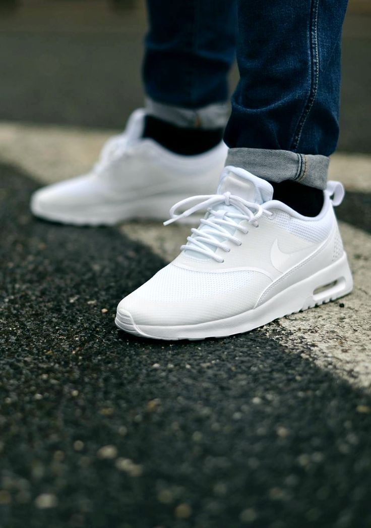 nike air max thea white man