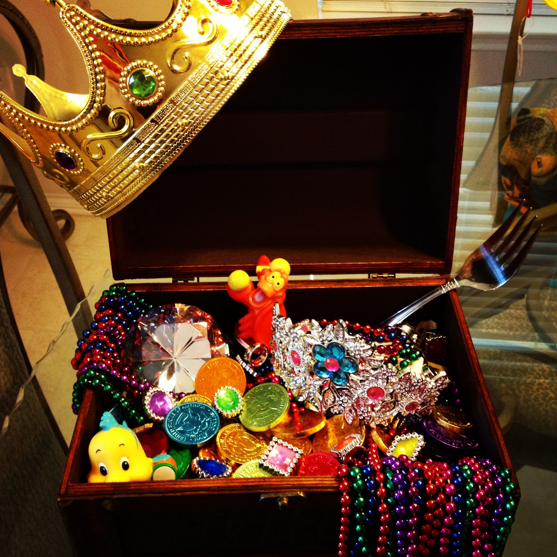 Ariel's Treasure Chest!   The Little Mermaid Party   Pinterest ...