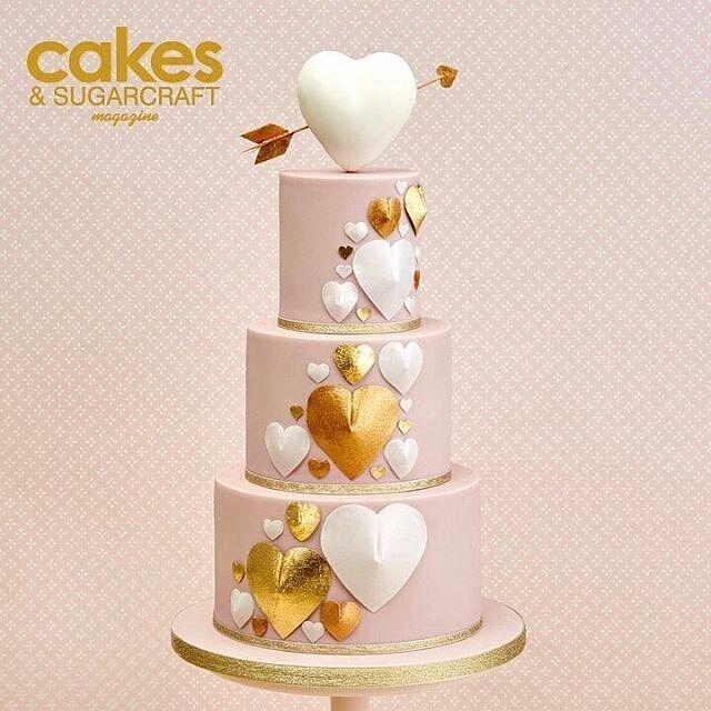 Heart designer wedding cake from caketrends on Instagram