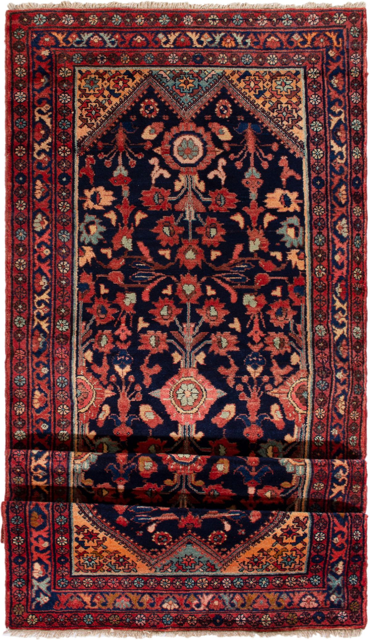 Luri 4 1 X 10 5 In 2020 Rugs Persian Rug Rugs On Carpet