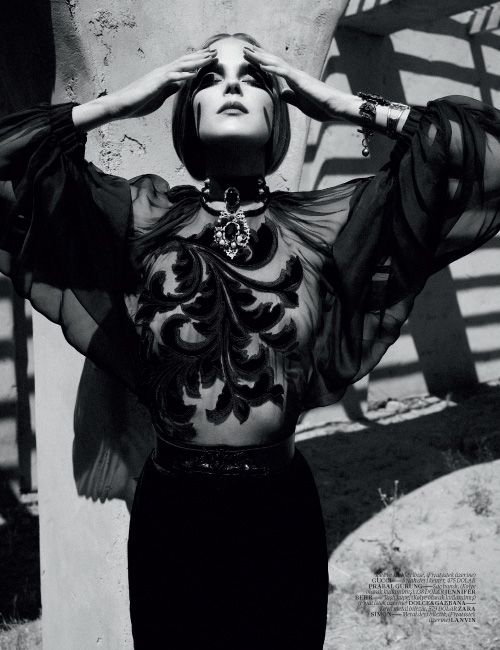 BAROCCO | Shannan Click | Sofia Sanchez and Mauro Mongiello #photography | Vogue Turkey December 2012