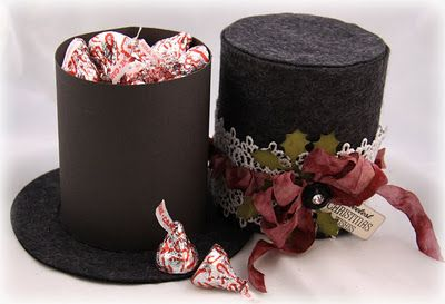 Top hat gift box opened. What an awesome idea. I see a .cut file in my future.
