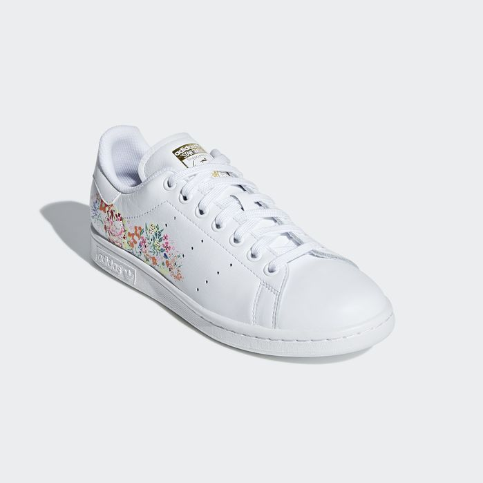 wholesale dealer f46cb bf616 STAN SMITH W White 11 Womens Stan Smith Shoes, Stan Smith Outfit, Adidas  Stan