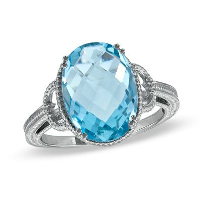 Vintage-inspired elegance. Blue Topaz Ring.