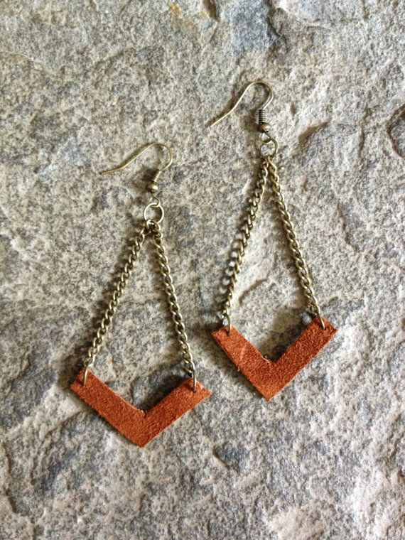 Photo of leather jewelry making ideas | DIY Chevron earrings with upcycled leather