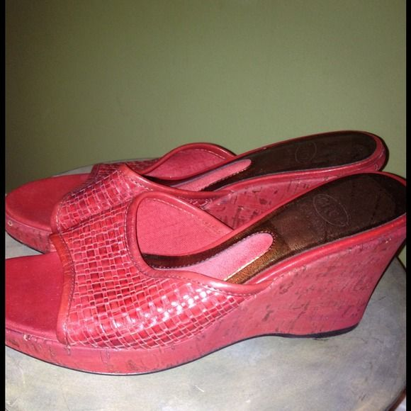 Circa Joan & David Red Cork Wedge Slides I have loved these, but have a new pair of Tory Burch that are very similar and don't need both. These are still great! Listing lots of shoes. Bundle to save. Circa Joan & David Shoes Wedges