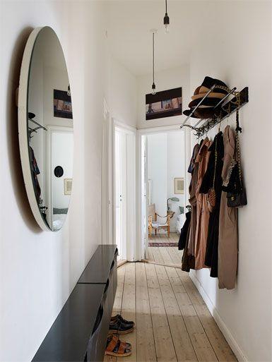 home tour un appartement showroom lumineux copenhague h a l l w a y interior home und. Black Bedroom Furniture Sets. Home Design Ideas