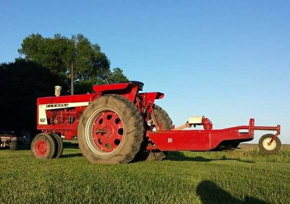 Ih 311 2 Point Rotary Mower On A 706 International Harvester