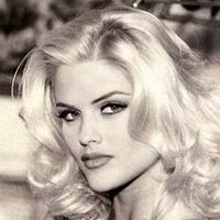 Photo of Anna Nicole Smith Fe-ISFp #Socionics #Personality #Typology