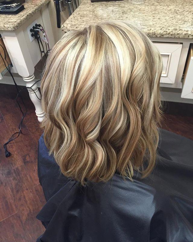 Dimensional blonde! Great way to kick off my last work day of the week #highlights #blondor #modernsalon #behindthechair #houstonhair #wellalife