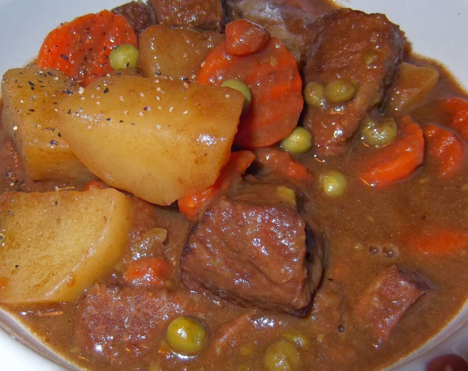 What's For Supper?: Hearty Beef Stew