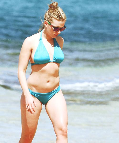 Karoline Herfurth Bikini