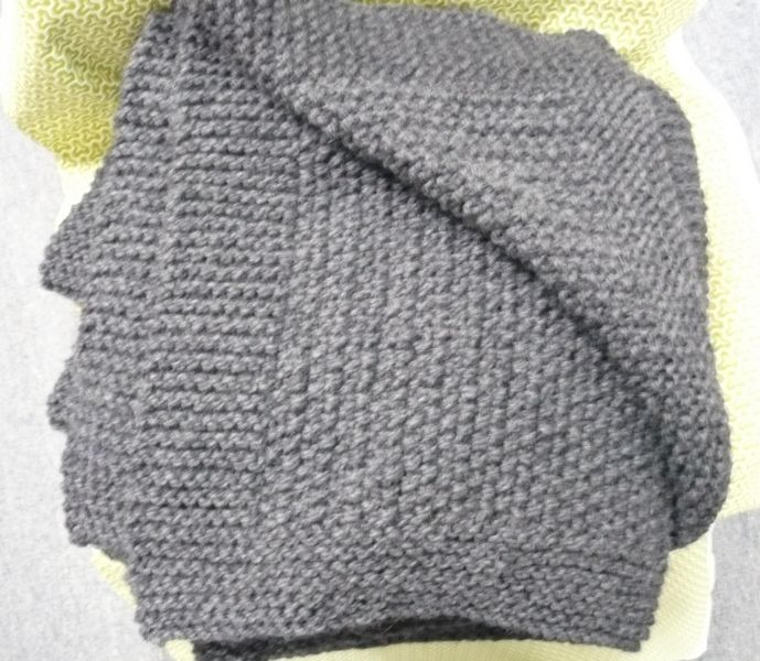 Knitting Pattern Called Moss Stitch Rug For Beginner To Advanced
