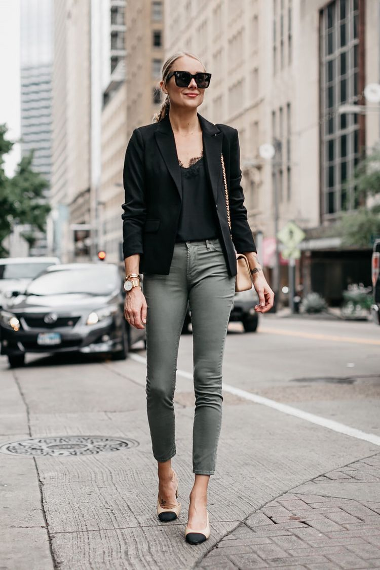 7d50d9aabd A Stylish Way to Wear Olive Skinny Jeans (Fashion Jackson Blog ...