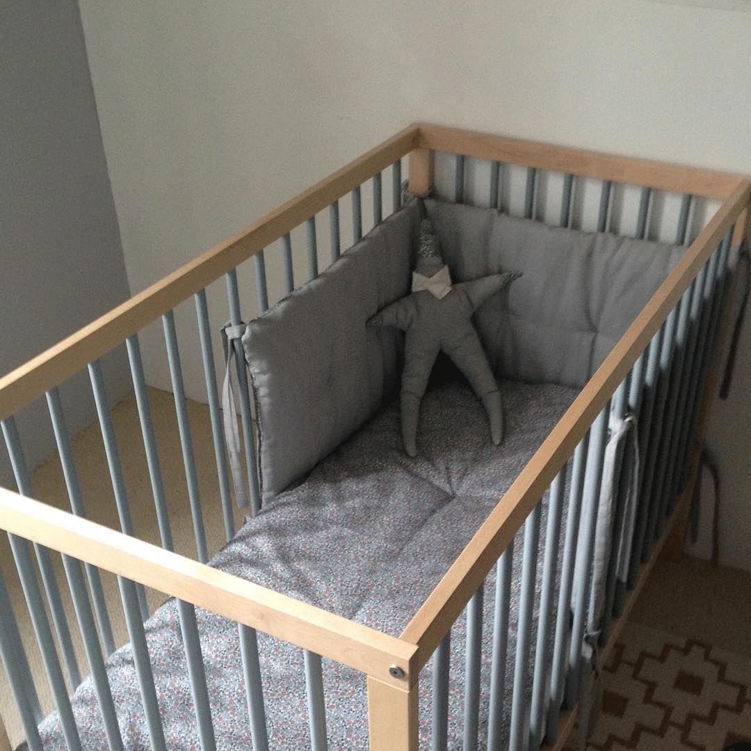 Lovely baby nursery! And moKee Mini Cot #babynursery #mokeemini #cot