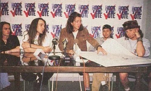 Pearl Jam rocking the vote!
