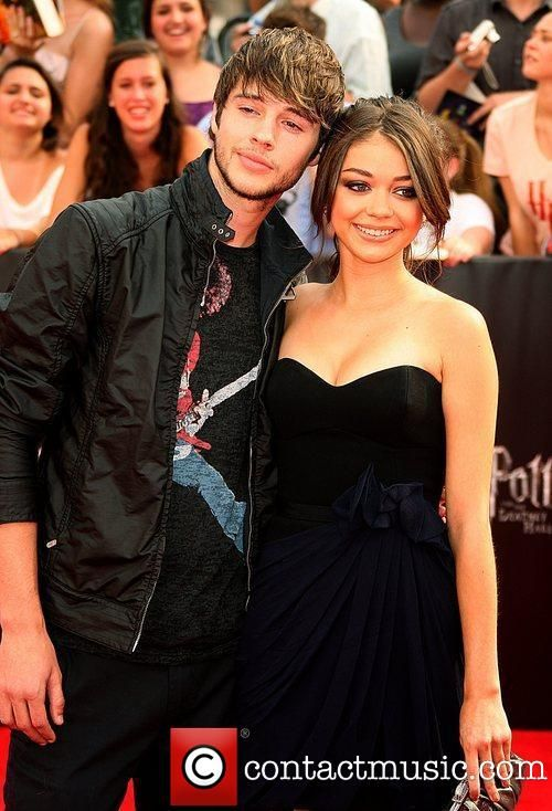 matt prokop and sarah hyland are dating and im just now