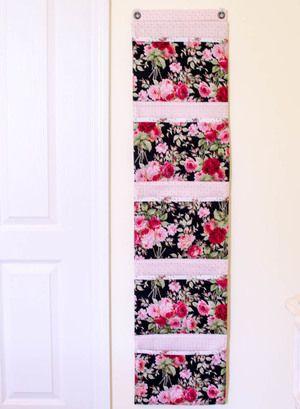 Sew a Hanging Organizer {free sewing tutorial} | Pinterest | Hanging ...