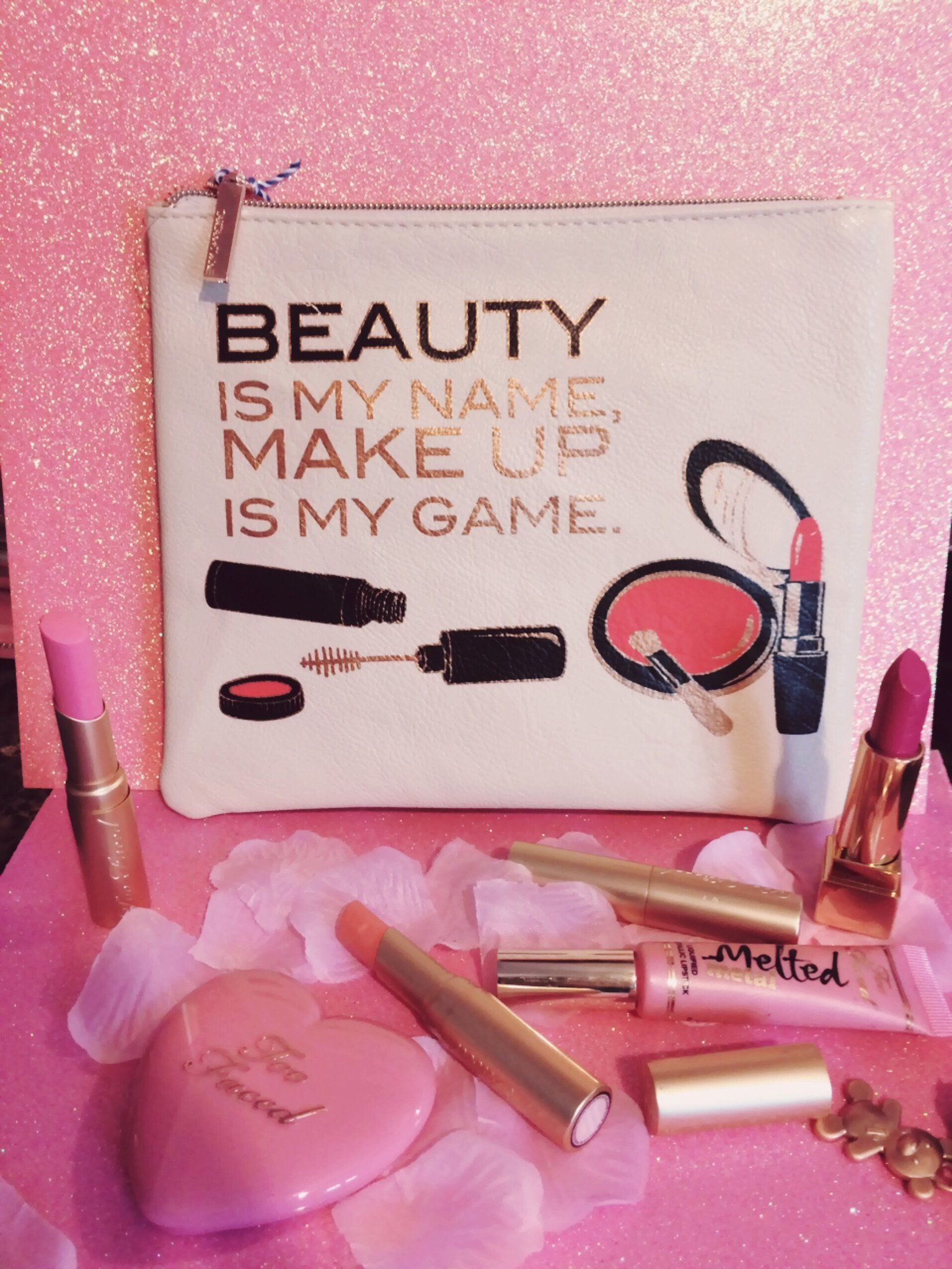 Makeup Bag White | Beauty | Makeup, Party makeup, Beauty